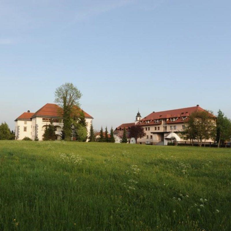 Hiša kruha panorama2