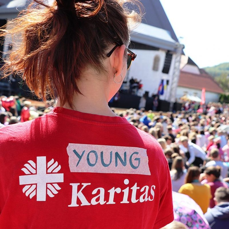 youngCaritassticna